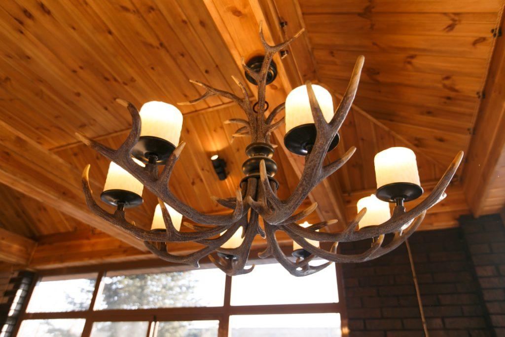 Интерьер дома в классическом стиле: дизайн проект освещения